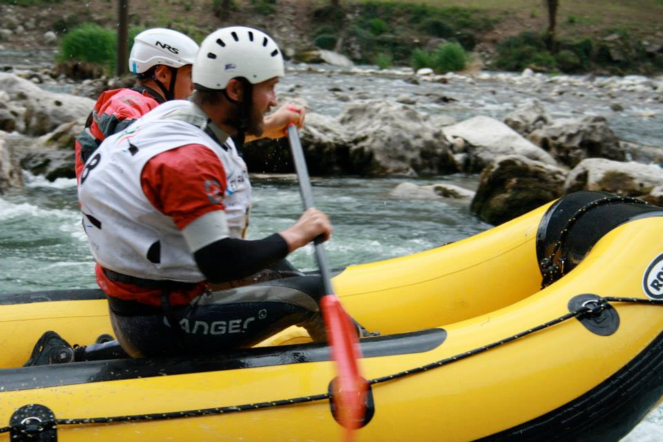 Rennen Rafting